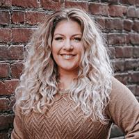 Simone Bezeau | Real Estate Agent | Nanaimo BC